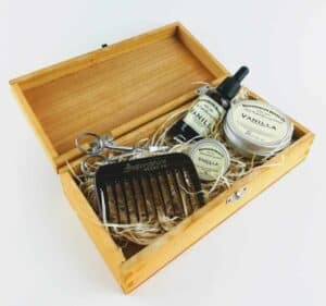 Bedfordshire beard set in open wooden box