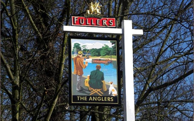Pub sign anglers blog small images 640 x 400 - The History of British Pub Signs