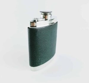 6oz captive top wentworth pewter and green leather hip flask