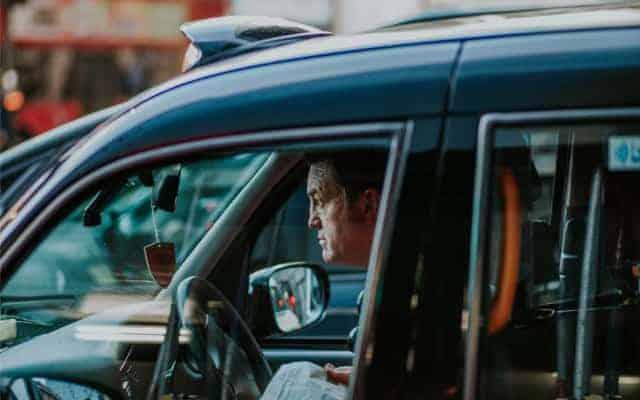 Black Cab cabbie 640x400