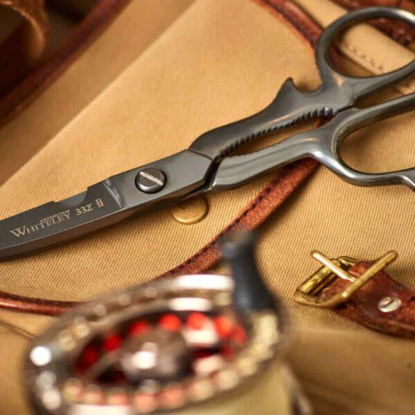 Expedition scissors lifestyle 1