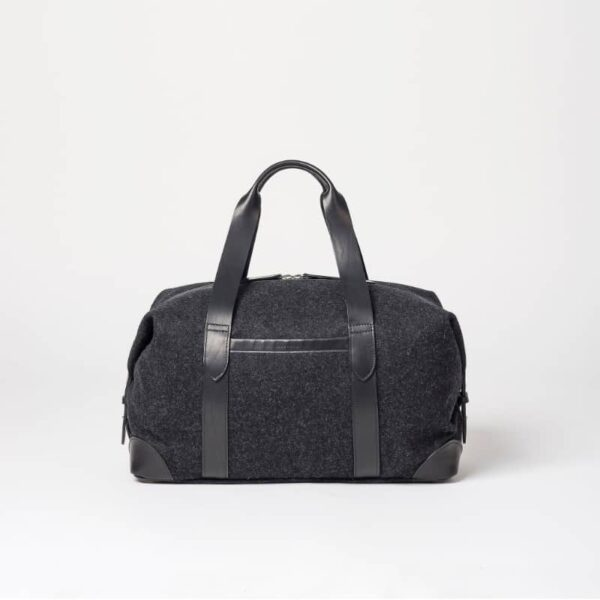 cherchbi squires black medium holdall made in uk with leather straps black weekender bag