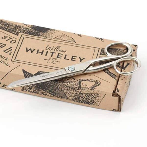 Whiteley 622 household scissors gift box 1000x1000 1
