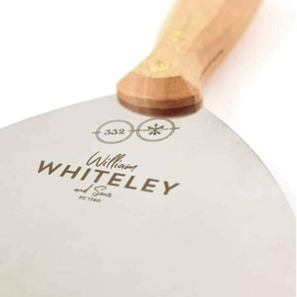 Whiteley bbq close up 1000x1000 1