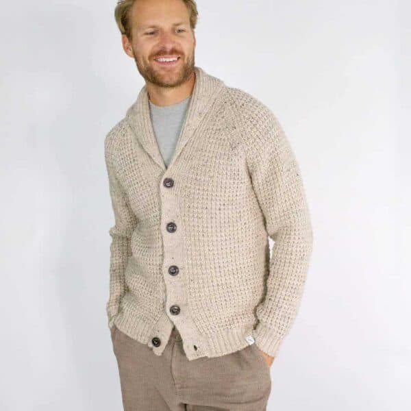 peregrine skiddaw shawl 1000x1000 lifestyle 2