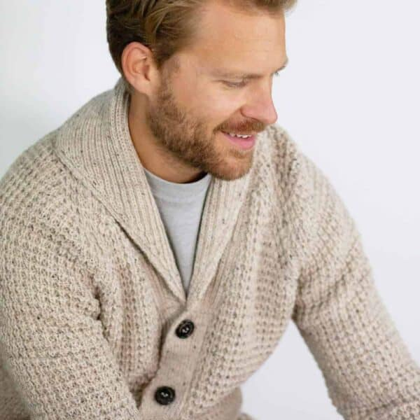 peregrine skiddaw shawl 1000x1000 lifestyle 3